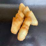 Assortiment petits fours secs : tuiles, cigarettes, palets raisins